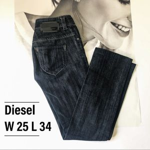 Diesel jeans; size W 25 L 34 (made in Italy 🇮🇹)